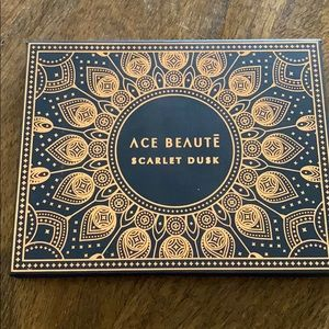 NWT Ace Beaute Scarlet Dusk Eye Shadow